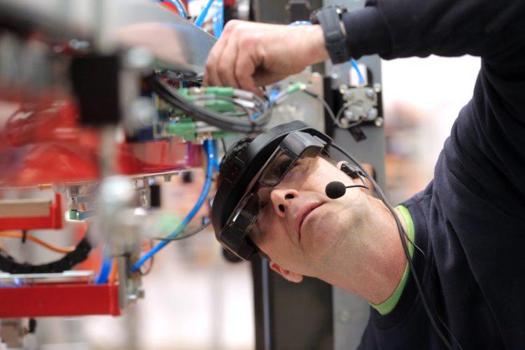 Tecnologías para virtualizar la maquinaria industrial - Blog COIICV